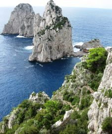Free Two Cliffs Dominating The Sea Stock Images - 87863124