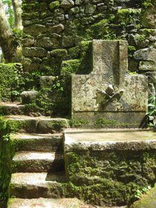 Free Moors-casle-ossuary Royalty Free Stock Photo - 87863905