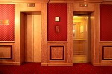 Free Elevator Royalty Free Stock Images - 8791799