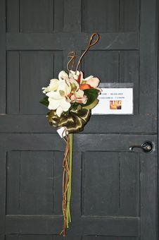 Free Door With Floral Decoration Stock Photography - 8792422
