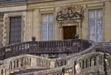 Free View Of Grand Entrance, Chateau De Fontainebleau Stock Images - 8792954