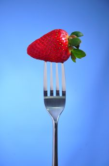 Free Strawberry In Fork Royalty Free Stock Image - 8794916