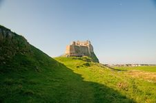 Free Landscape Of The Castle Royalty Free Stock Photos - 8796938