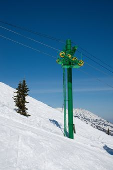 Free Ski Lift To Top Of Mountain Stock Images - 8798894
