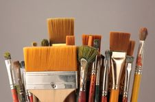 Free Set Brushes Royalty Free Stock Image - 8799106