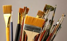 Free Set Brushes Royalty Free Stock Photography - 8799137