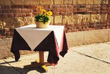 Free Lonely Table Stock Photography - 8799482