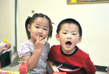 Chinese Brother And Sister Royalty Free Stock Photo