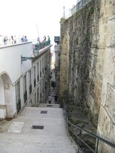 Free Narrow Steps Between Buildings In Old City Stock Image - 87961961