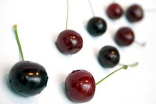 Free Cherries Royalty Free Stock Photo - 881445