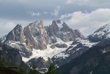 Free Alps - Dolomiti - Italy Royalty Free Stock Photo - 884175