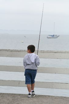 Free Boy Fishing Royalty Free Stock Photos - 887828