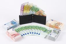 Free Wallet With Many Banknotes Stock Photos - 889823