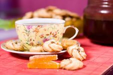 Free Cup Of Tea And Cookies Stock Photography - 8803132