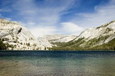 Free Tioga Lake Royalty Free Stock Photography - 8804497