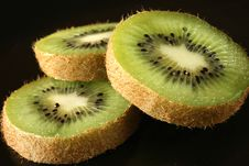 Free Kiwi Slices Stock Images - 8806014