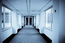 Free Office Corridor Royalty Free Stock Photography - 8807657