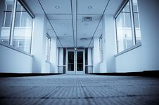 Free Office Corridor Royalty Free Stock Images - 8807659