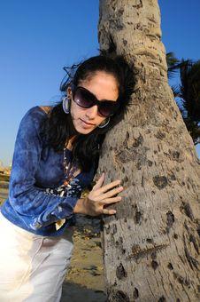 Free Hispanic Fashion Woman Royalty Free Stock Images - 8807739