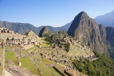 Free Huayna Picchu Mountain Overlooking  Inca Ruins Stock Photos - 8809843