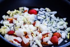 Free Chopped Onions And Tomatoes In Pan Stock Photo - 88038860