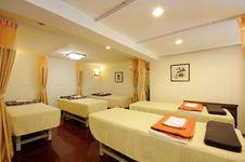 Free Massage Room Royalty Free Stock Image - 8813016