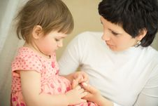 Free Mother With Daughter Royalty Free Stock Photography - 8814997