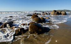 Free Moeraki Boulders.Otago. Stock Images - 88100694