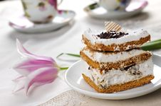 Free Cake And Cups Of Tea Stock Image - 8820881