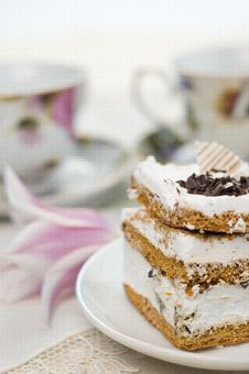 Free Cake And Cups Of Tea Royalty Free Stock Photo - 8820895