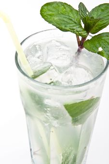 Free Mojito Cocktail Royalty Free Stock Photo - 8826765