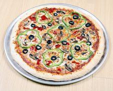 Free Veggie Pizza Stock Image - 8826861