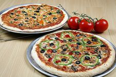 Free Pizza Combo Deal Royalty Free Stock Photography - 8826907