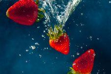 Free Strawberries Royalty Free Stock Photos - 8827478