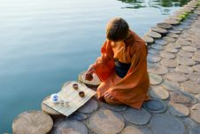 Free Tea Ceremony Master Stock Image - 8827661