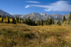 Free Rocky Mountains Royalty Free Stock Photography - 8828437