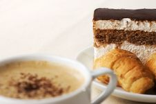 Free Cup Of Coffee With Dessert Royalty Free Stock Image - 8828986