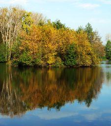Free Autumn Lake Stock Photo - 8831930
