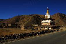 Free Pagoda Of Tibetian Buddhism In Daocheng Stock Photo - 8834780