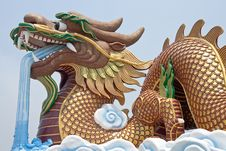 Free Huge Dragon Sculpture Stock Photo - 8846180