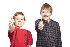Free Brothers Showing Thumbs Royalty Free Stock Photo - 8848335