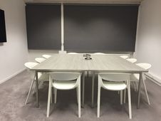 Free Modern Meeting Room Royalty Free Stock Photography - 88416617