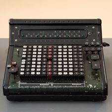 Free Black And Gray Vintage Cash Register Royalty Free Stock Photography - 88490627
