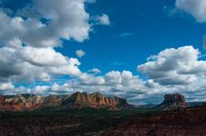 Free Cathedral Rock Trail No. 170 Stock Image - 88560111