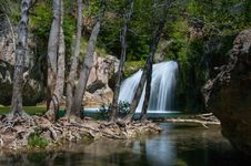 Free Waterfall Trail On Fossil Creek Stock Photos - 88560453