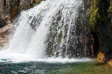 Free Waterfall Trail On Fossil Creek Stock Photography - 88560562