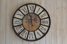 Free Old Fashioned Clock Royalty Free Stock Photos - 88563618