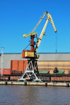 Free Crane In Port Royalty Free Stock Photo - 8863005