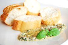 Free Pesto Sauce Royalty Free Stock Image - 8864726