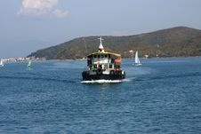 Free Ferry In Hong Kong Stock Photo - 8868610